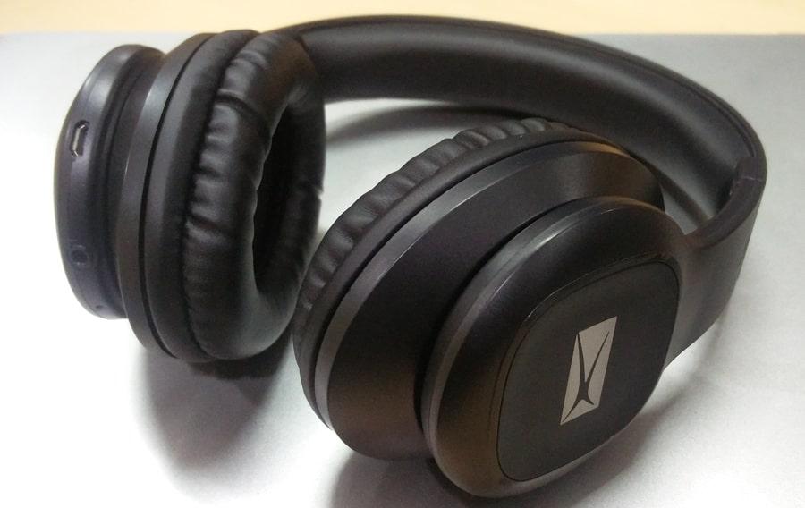 altec lansing mzw300 blk over the ear bluetooth headphones. Black Bedroom Furniture Sets. Home Design Ideas