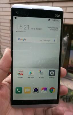 LG V20 Review: Front