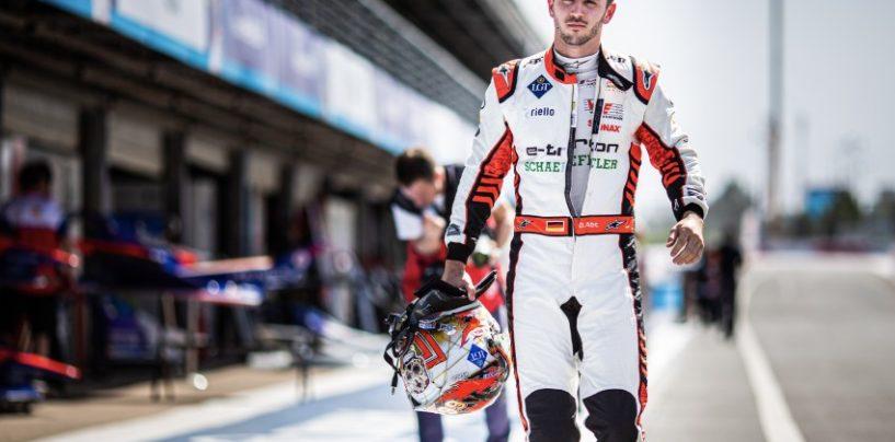 Pro Driver cheats by hiring Pro Player in a Formula E esports tournament
